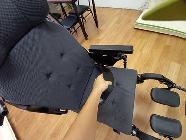 輪椅功能-輪椅骨盆帶功能