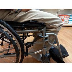 膝關節受限輪椅坐姿-輪椅挑選