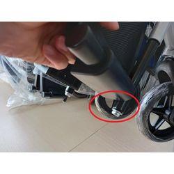 調整腳靠長度位置-輪椅挑選
